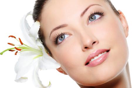 Cách làm trắng da mặt hiệu quả trong mùa Thu