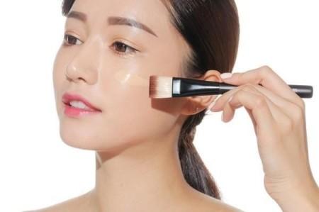 Đẹp tự nhiên với phong cách trang điểm cô dâu Hàn