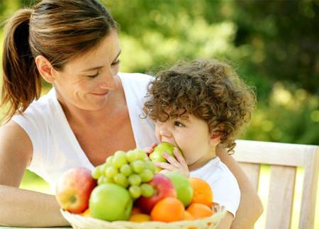 mách bạn 9 loại thực phẩm giúp bé tăng cân nhanh