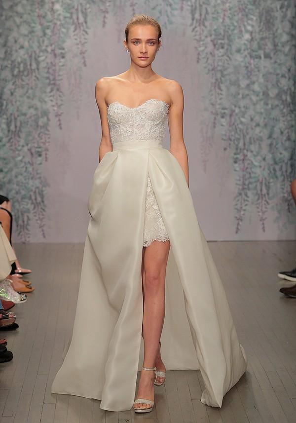 Xu hướng thời trang áo cưới khiến nàng mê mệt