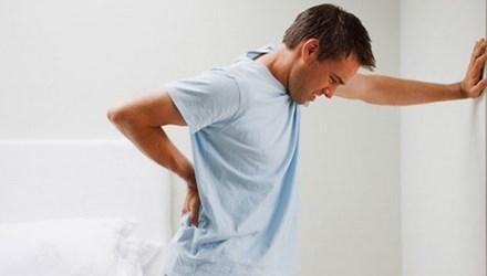 trị đau lưng hiệu quả từ bài thuốc dân gian