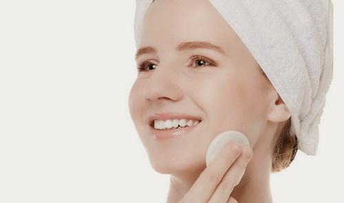 4 bước dưỡng da hiệu quả cho người hay make up