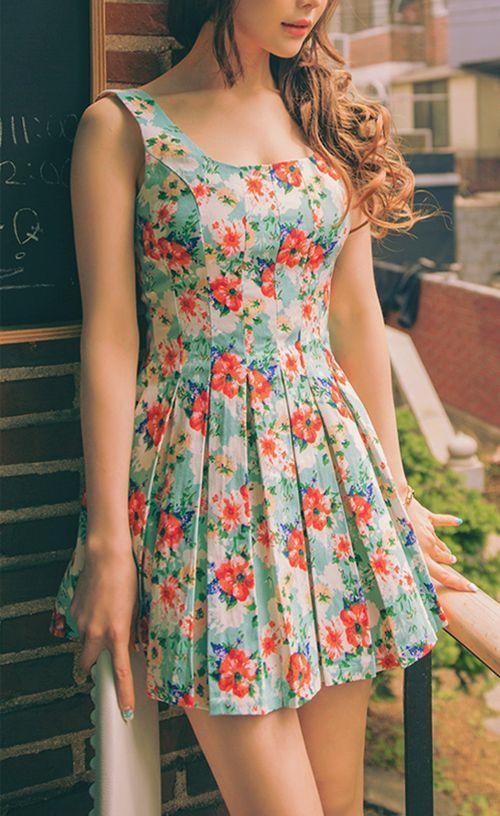 5 bí quyết mặc váy đẹp cho các cô nàng chân to