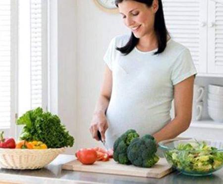 Điểm danh thực phẩm phụ nữ mang thai nên tránh