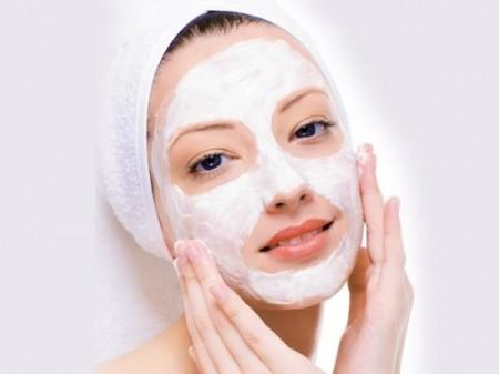 Top 5 mỹ phẩm mặt nạ trị mụn hiệu quả phái đẹp