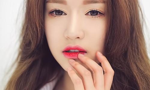 Môi quyến rũ hơn với son lòng môi Dear Darling Tint Edute