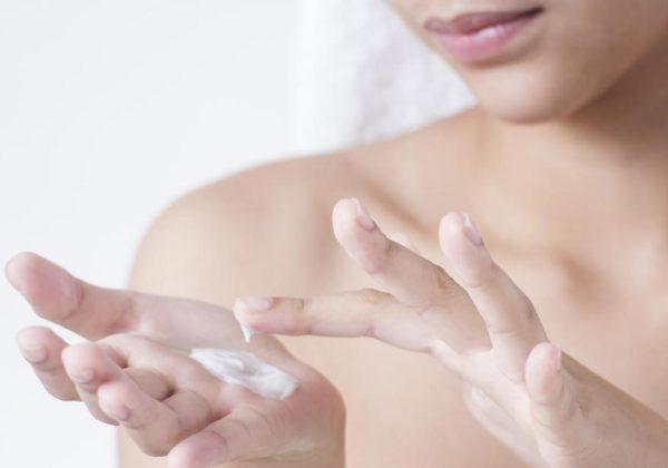 Lotion dưỡng ẩm trắng da cho mặt và body One Day Whitener Hàn Quốc