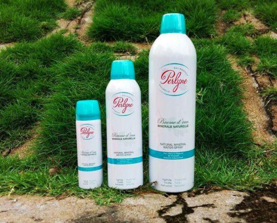 Xịt khoáng dưỡng ẩm mờ mụn Perlyne Natural Mineral Water Spray