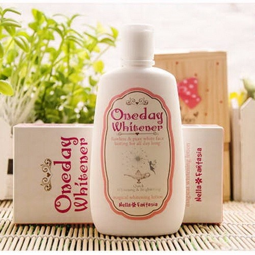 dưỡng da One Day Whitener