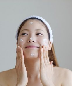 Kem-duong-trang-da-innisfree-whitening-pore-cream-9