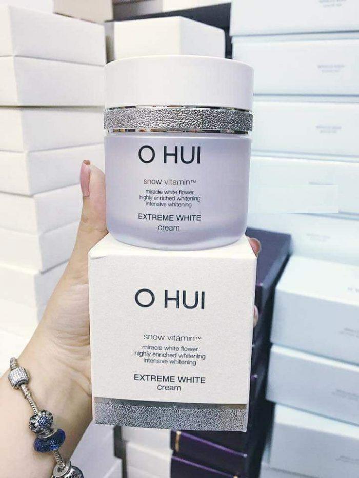 Kem trắng da và chống lão hóa OHUI Extreme White Cream Snow vitamin
