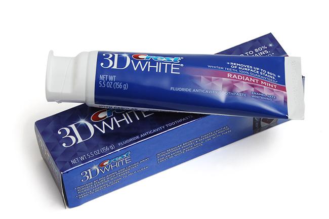 kem-danh-rang-crest-3d-white-4