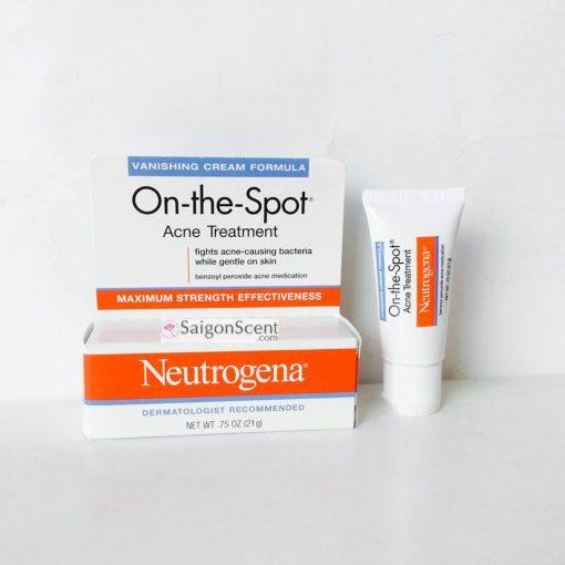 kem-tri-mun-neutrogena-on-the-spot-acne-4