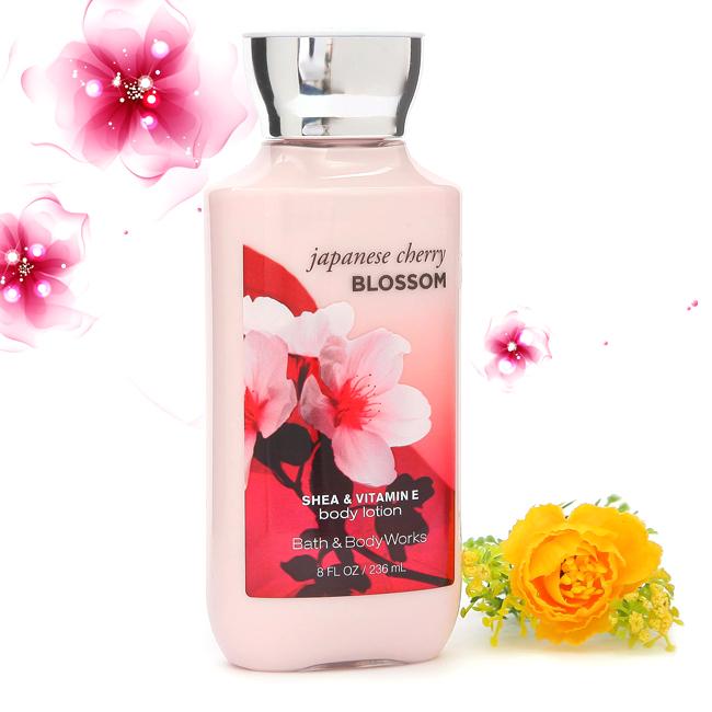 Sữa dưỡng thể Japanese Cherry Blossom - Bath & Body Works Body Lotion