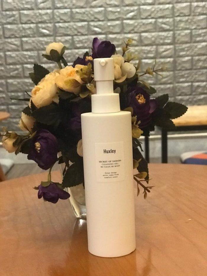 Gel rửa mặt HUXLEY Secret Of Sahara Cleansing Gel – Be Clean, Be Moist