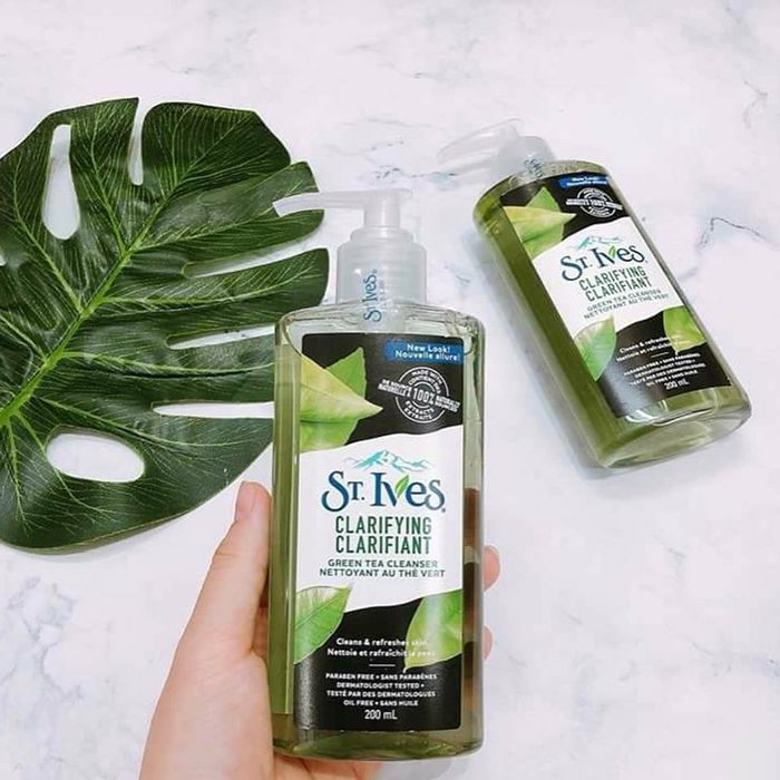 Sữa rửa mặt St.Ives Clarifying Clarifiant Green Tea Cleanser