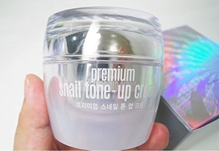 Kem dưỡng da ốc sên Goodal Premium Snail Tone Up Cream 50ml
