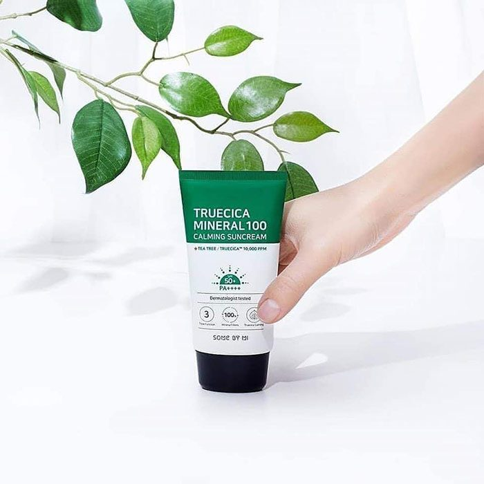 Kem chống nắng Some By Mi Truecica Mineral 100 Calming Suncream spf50 pa